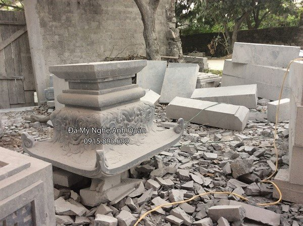 Tảng cột đá đồng trụ đá