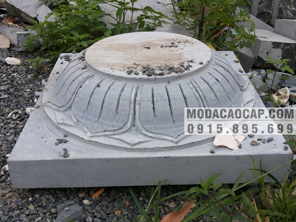 Chân tảng đá, mẫu Chân tảng đá được chúng tôi tư vấn, thiết kế, lắp đặt cho nhà thờ họ Nguyễn ở Nam Định. Đây là sản phẩm được khách hàng đánh giá rất cao với giá thành hợp lý.