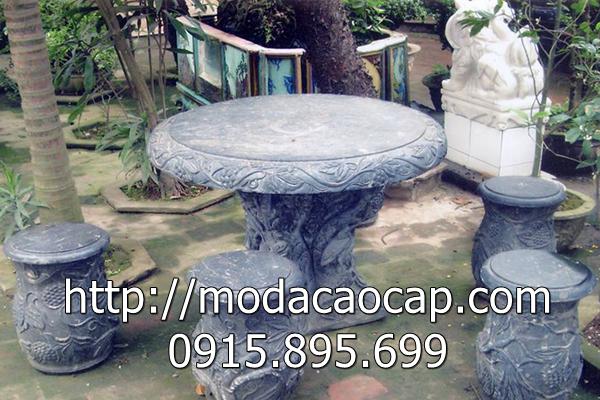 Mẫu bàn ghế đá 10