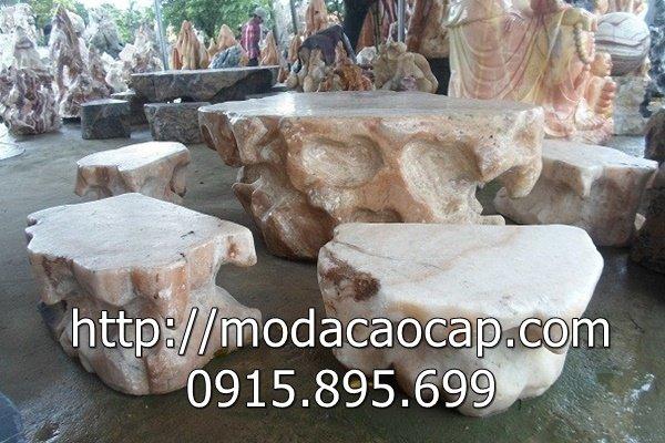 Mẫu bàn ghế đá 7