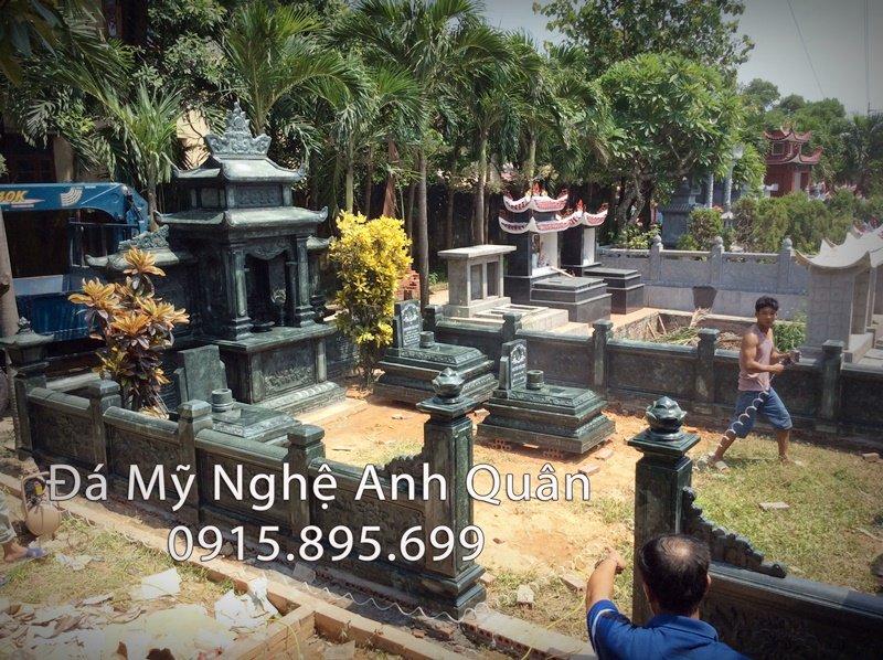 Khu lang mo da xanh reu o Quang Ninh Dep