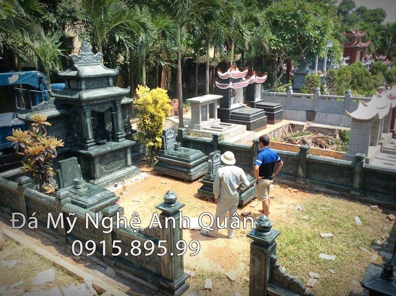 Lang mo da xanh Reu Quang Ninh