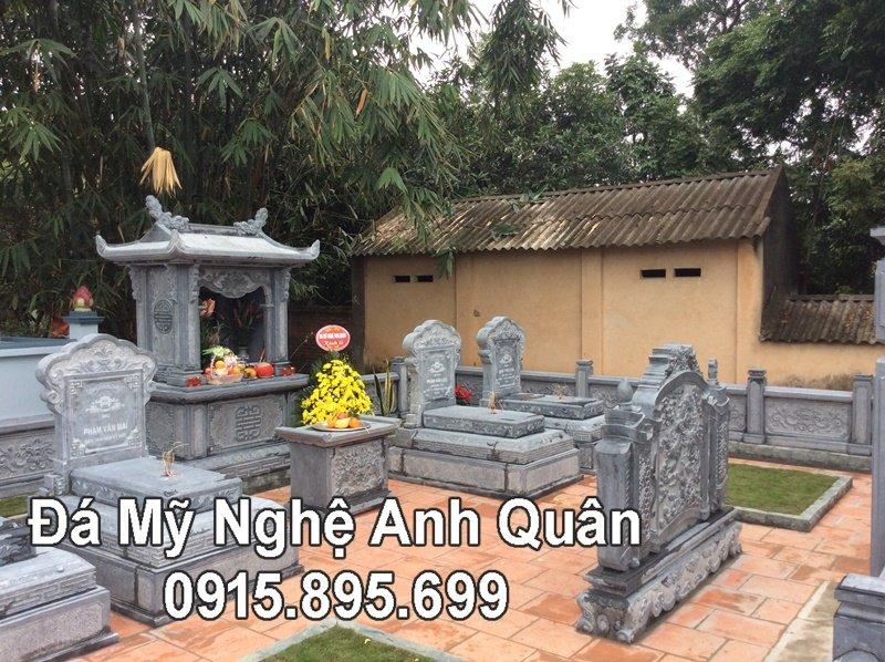 Lăng mộ đá xanh rêu đẹp tại Bắc Giang