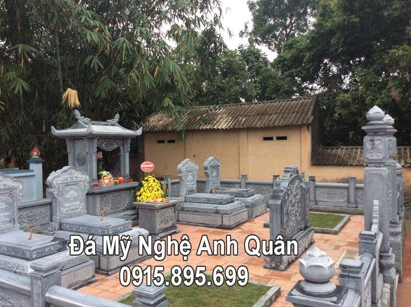 Khuôn viên khu Lăng mộ đá ở Bắc Giang