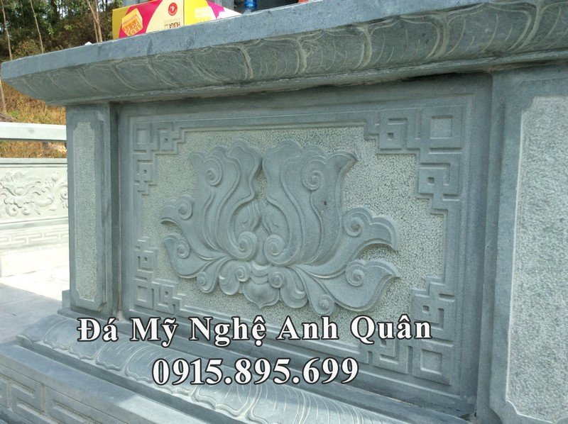 Hoa văn đài sen của ngôi mộ