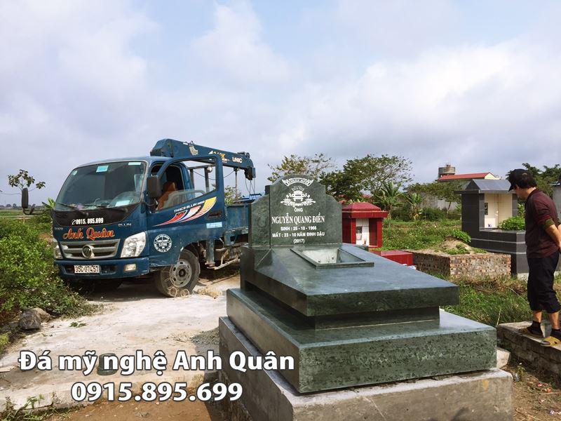 Hinh anh Ngoi mo duoc lap dat va hoan thien tai Khu Nghia trang Nho Quan