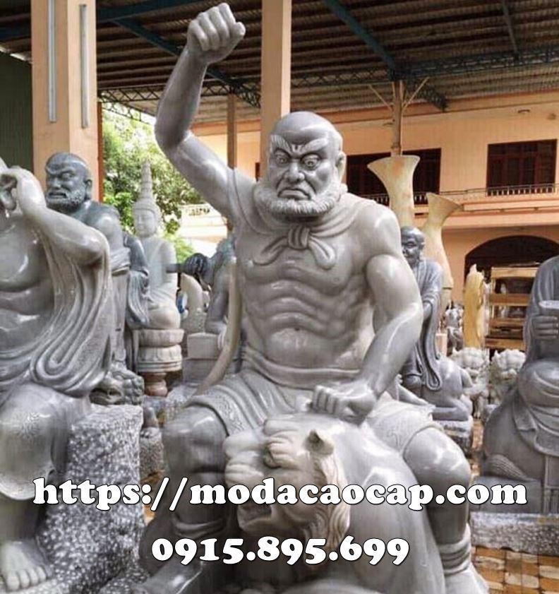 18 La Han Phuc Ho