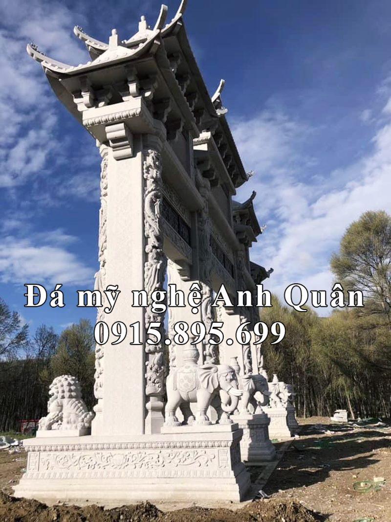 Chi tiết cột trụ đá của Cổng Tam Quan